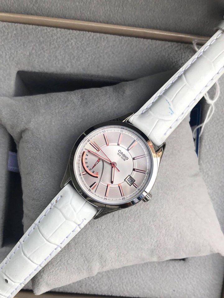 các mẫu đồng hồ nữ hàng hiệu